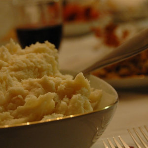 How to Reheat Up Mashed Potatoes Properly