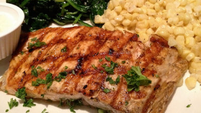 How to Reheat Grilled Salmon (3 Best Methods Highlighted)