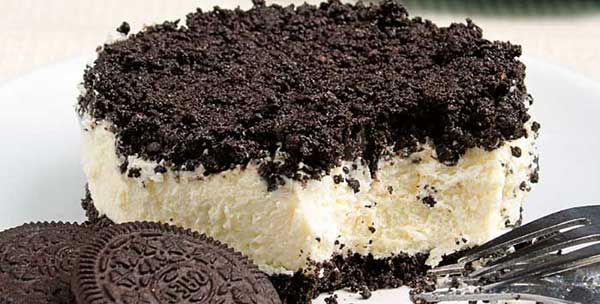 Easy Oreo Cheesecake