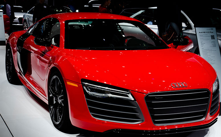 the best audi r8 color find out which one grabs your attention. Black Bedroom Furniture Sets. Home Design Ideas
