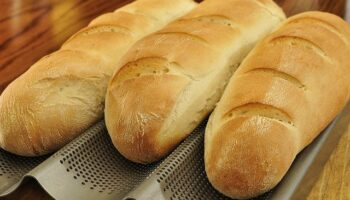How to Reheat French Bread So It's Like It's Freshly Made
