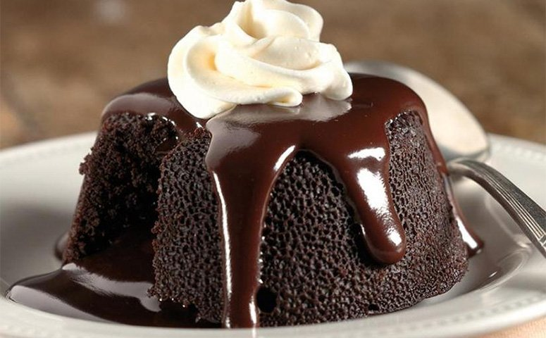 Chocolate Lava Crunch Cake