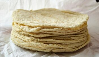 How to Reheat Tortillas in a Couple of Easy Steps