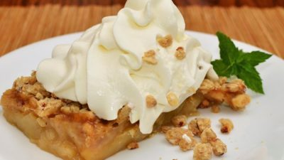 How Do You Reheat an Apple Crisp? See The One True Method!