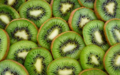 How to Wash Kiwi Fruit Properly