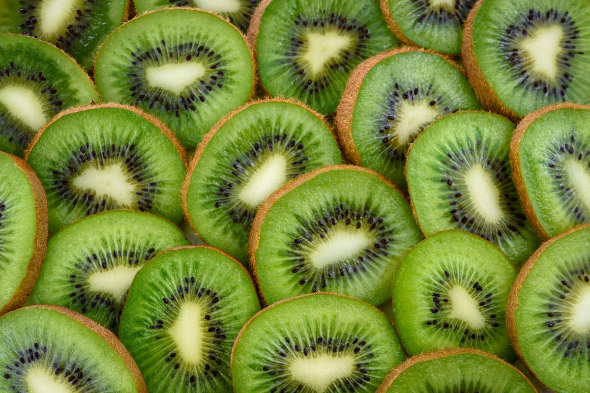 How to Wash a Kiwi
