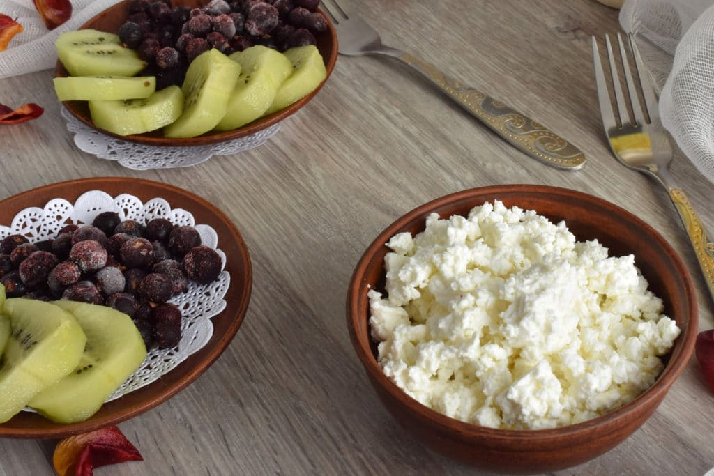 Can You Freeze Cottage Cheese: A Quick Guide