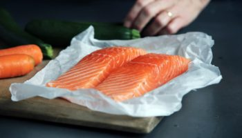 How to Thaw (Defrost) Frozen Salmon Safely & Quickly