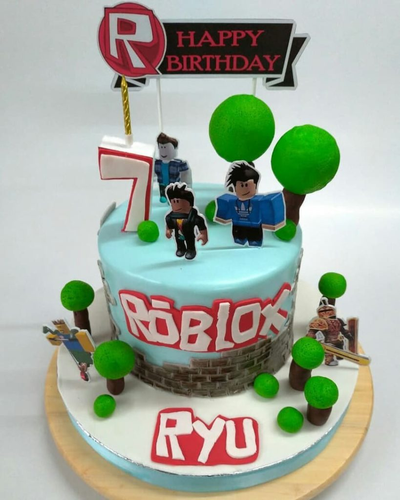 27 Best Roblox Cake Ideas For Boys Girls These Are Pretty Cool