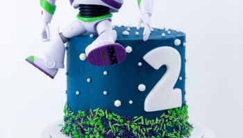 15 Buzz Lightyear Cake Ideas