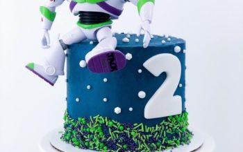 15 Buzz Lightyear Cake Ideas