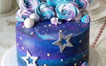 15 Amazing Space Cake Ideas