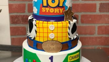 15 Eye-Catching Toy Story Cake Ideas & Designs