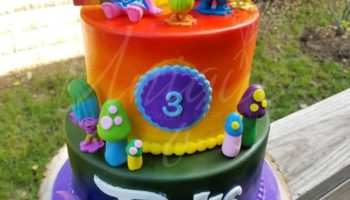 13 Cute Trolls Birthday Cake Ideas