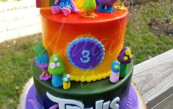 13 Cute Trolls Birthday Cake Ideas