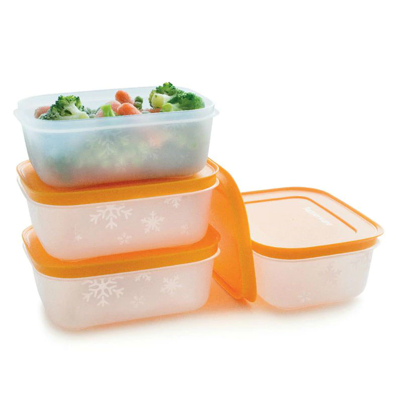 Tupperware stacked on top of each other