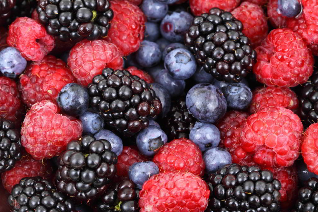 Thawing Frozen Berries: Important Facts to Know
