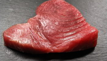How to Thaw Tuna Steaks Quickly