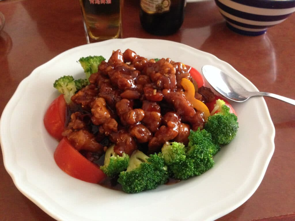 How to Reheat General Tso Chicken - 3 Best Methods to Use